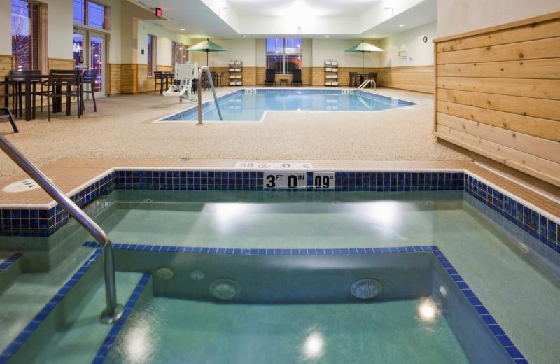 Hot tub at Hampton Inn Duluth Canal Park.
