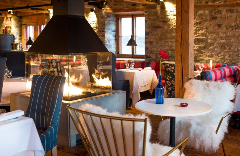 Dining at Auberge Saint-Antoine.