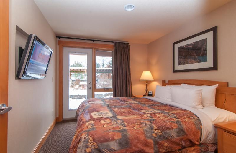 Guest bedroom at Hidden Ridge Resort.