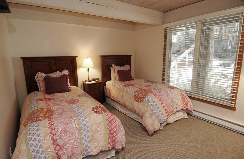 Rental bedroom at Frias Properties of Aspen - Chateau Eau Claire #20.