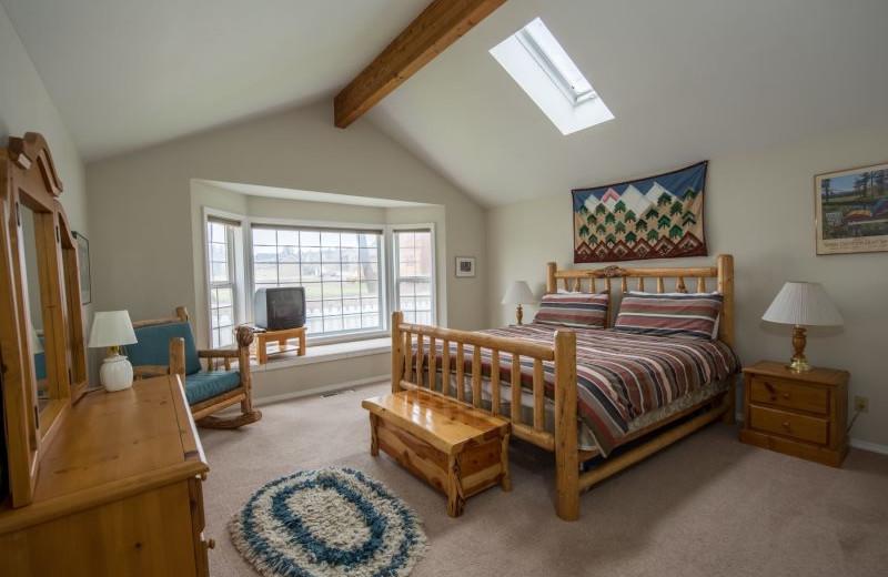 Rental bedroom at Sisters Vacation Rentals.