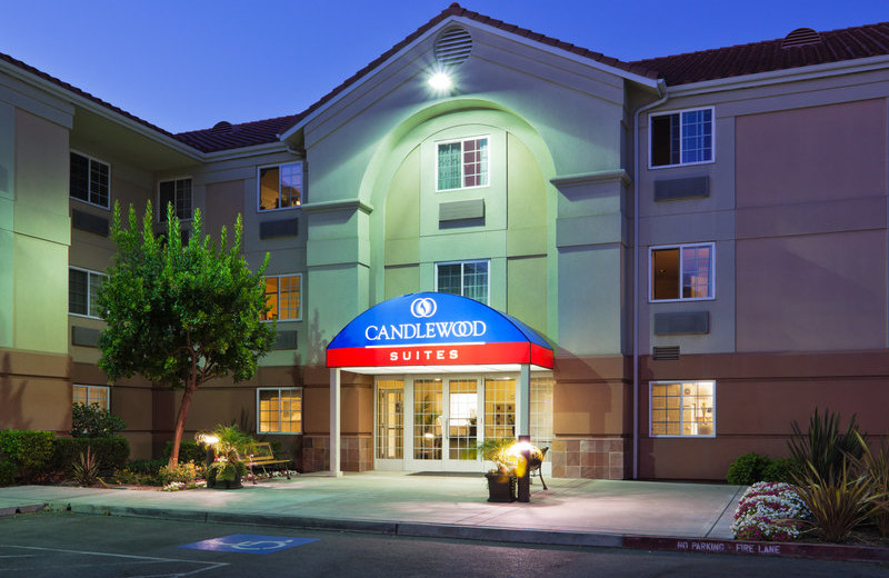 Exterior view of Candlewood Suites Silicon Valley/San Jose.