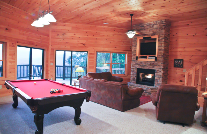 Billiards table at Mountain Getaway Cabin Rentals.