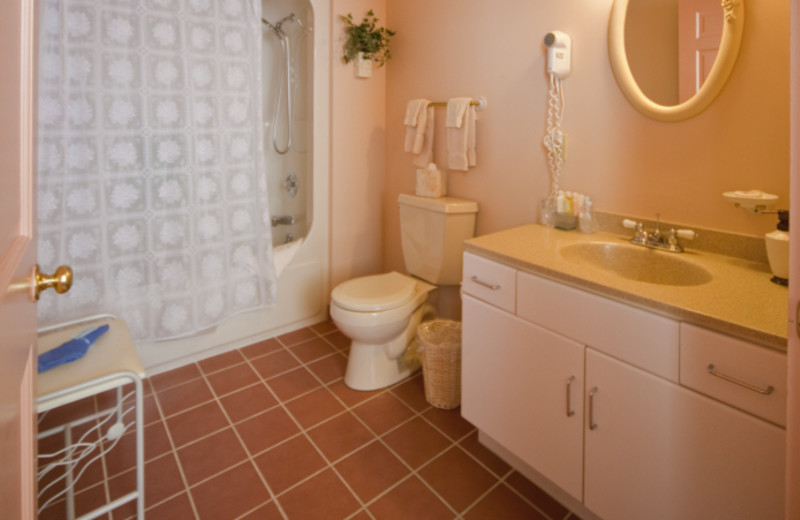 Schoolhouse Suite Bathroom at Chambery Inn