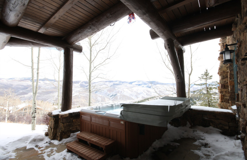 Rental hot tub at Elevation Accommodations.