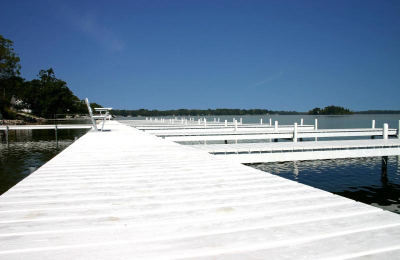 The dock at Bay Pointe Inn.
