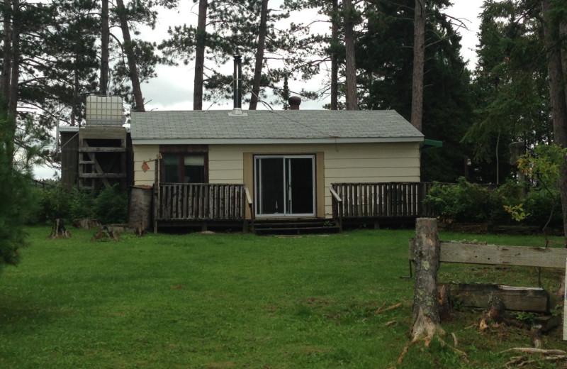 Cabin exterior at Dogtooth Lake Resort.