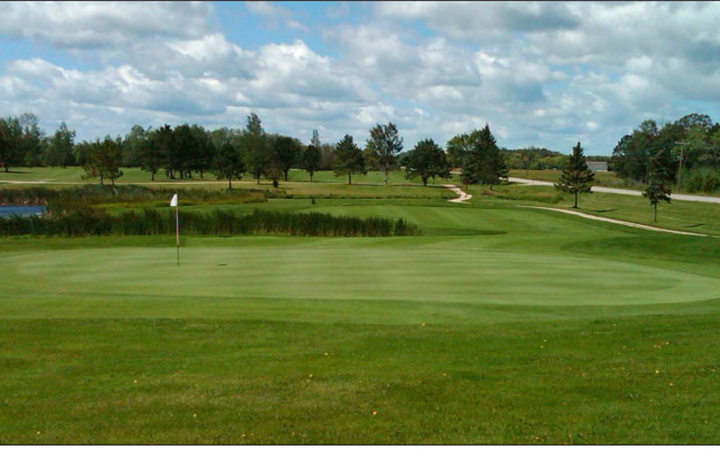 Oak Harbor Golf Course near Cyrus Resort.
