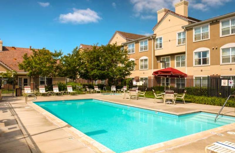 Outdoor pool at Residence Inn San Jose South.