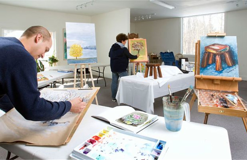 Art workshops at JW Marriott The Rosseau Muskoka Resort & Spa.