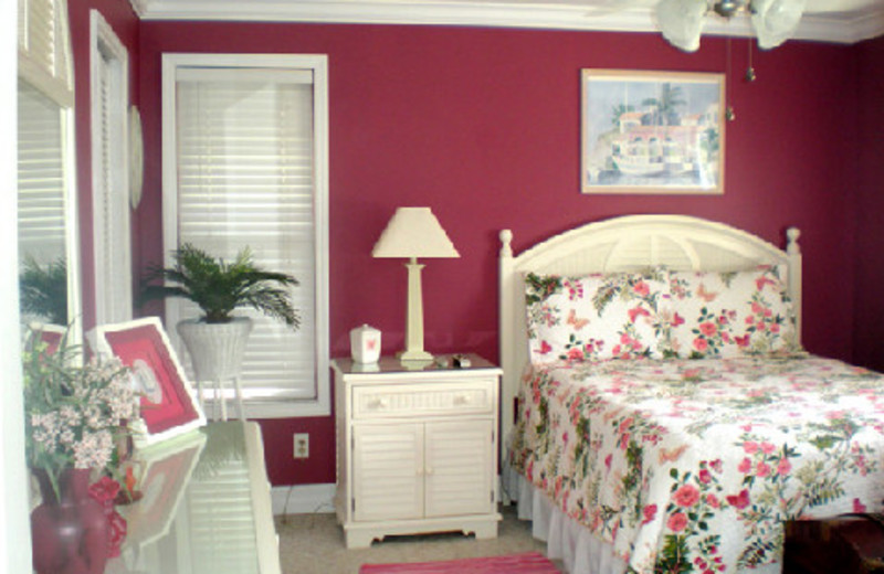 Vacation rental bedroom at Moonlight Properties, Inc.
