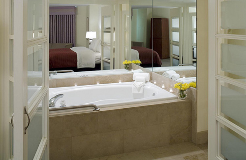 Jacuzzi Suite at Sheraton Metairie
