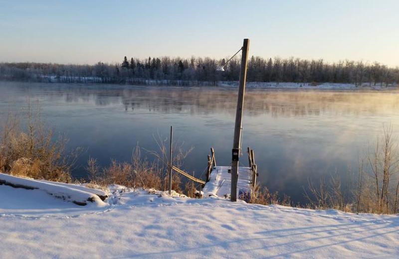 Lake at Linder's HideAway Cabins.