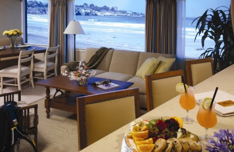 Guest suite at La Jolla Beach & Tennis Club.