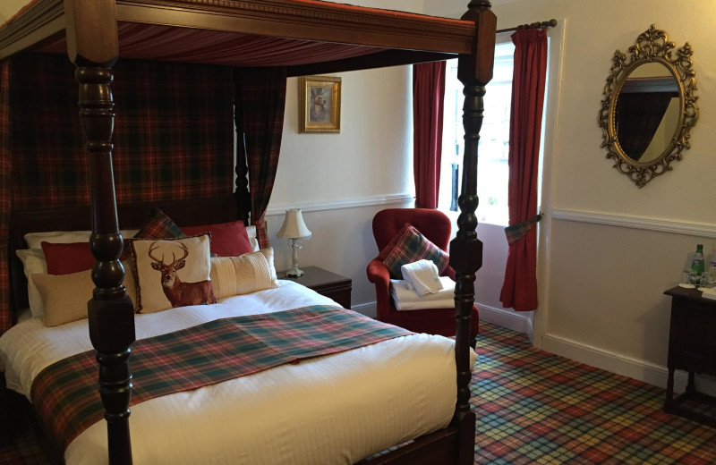 Guest room at Glenmoriston Arms.