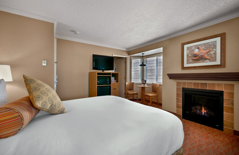 Fireplace guest room at Hallmark Resort in Cannon Beach.