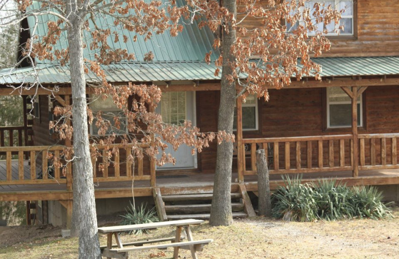 Exterior view of Bucks and Spurs Guest Ranch.