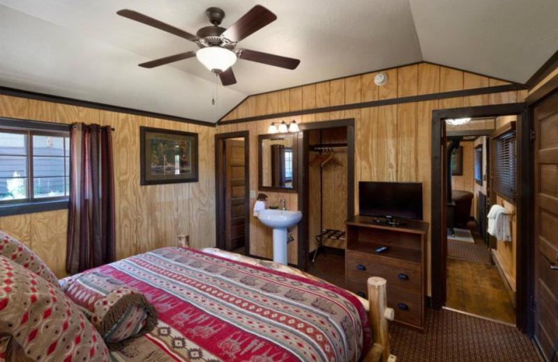 bedroom of honeymoon cabin