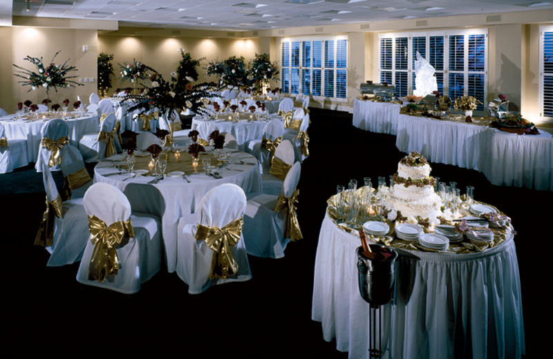 Wedding Reception at DiamondHead Beach Resort