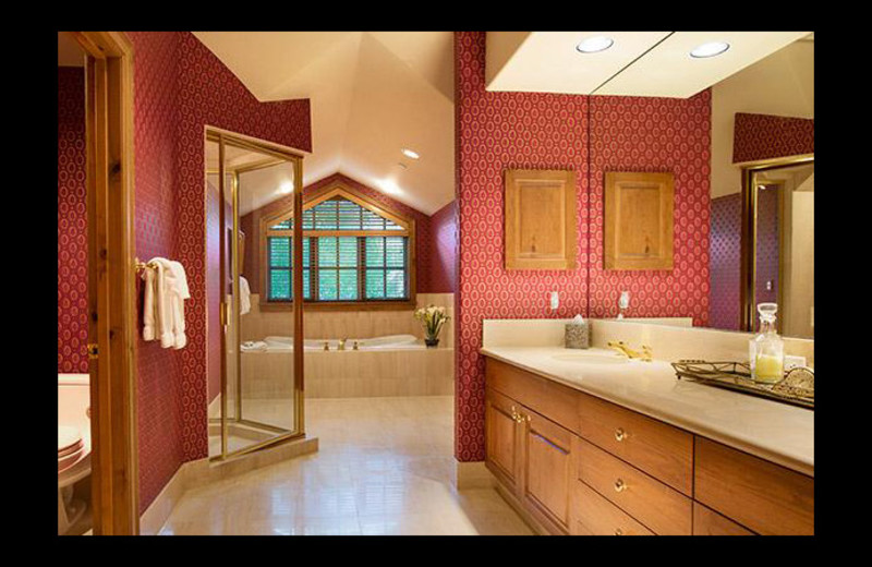 Guest bathroom at Chateau Beaver Creek.