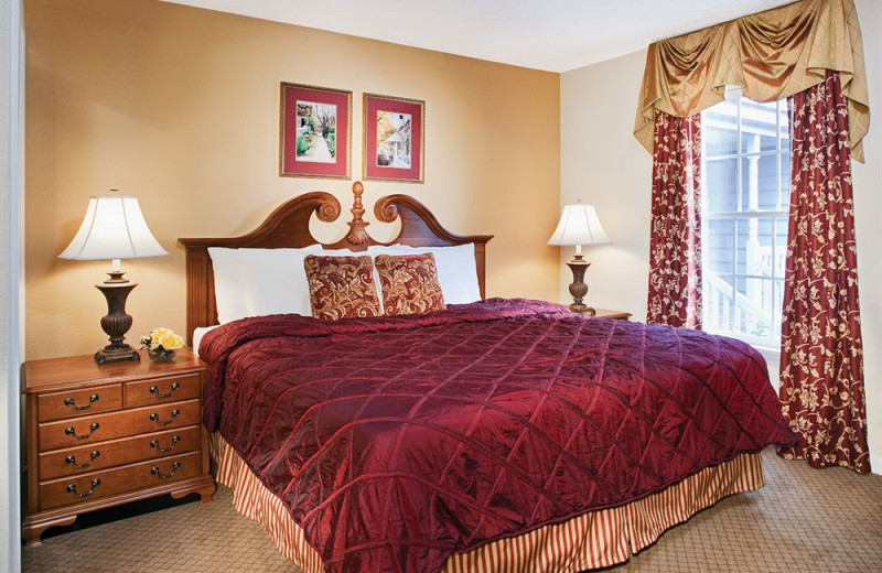 Guest suite bedroom at Wyndham Kingsgate.