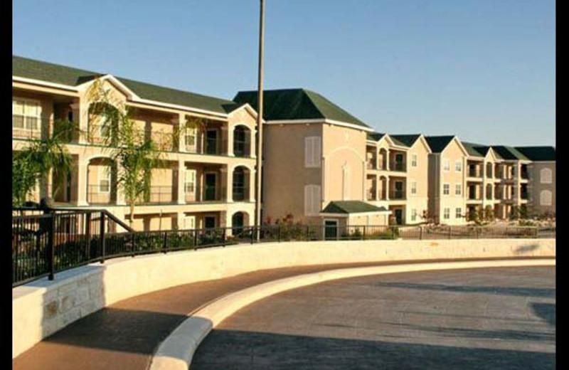 Exterior view of Sunset Harbor Resort.