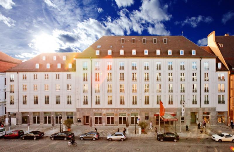 Exterior view of Steigenberger Drei Mohren.