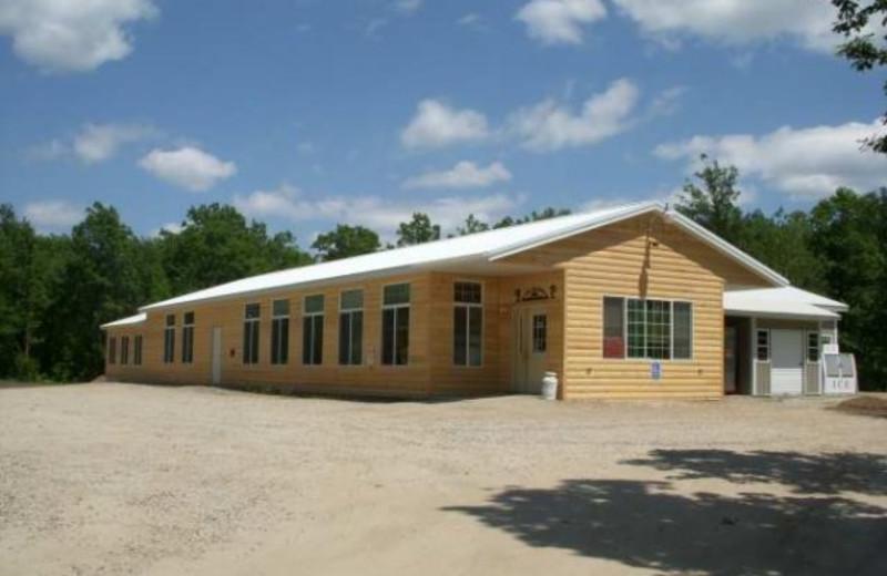 The Lodge at Ice Cracking Lodge & Resort
