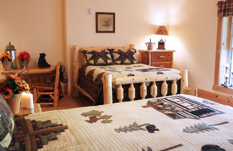Guest room at House Mountain Inn.