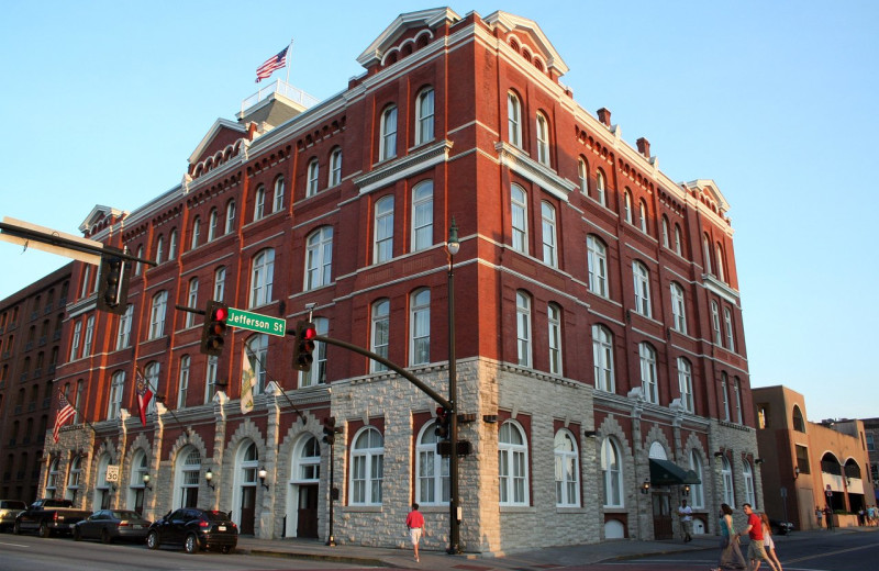 Exterior view of Hotel Indigo Savannah Historic District.