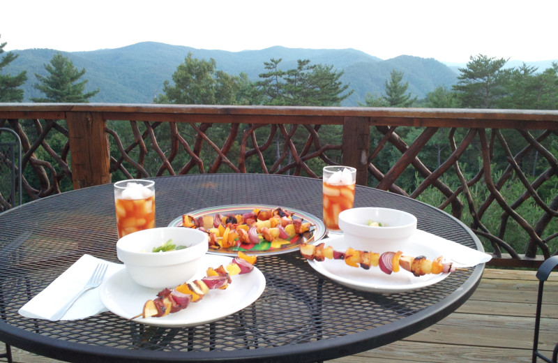 Balcony dining at Leatherwood Mountains Resort.