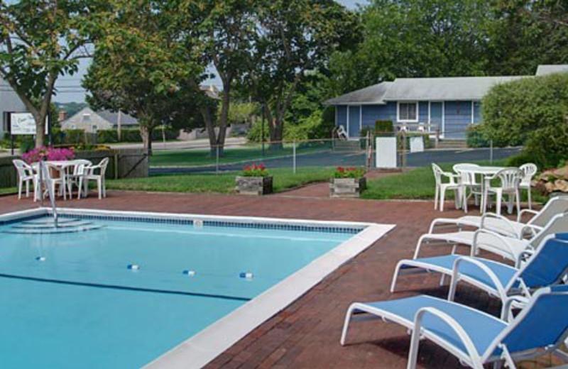 Outdoor swimming pool at Ocean View Terrace Motel.