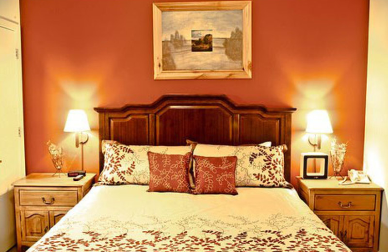 Guest room at The Lodge at Stillwater.