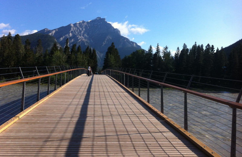 Path near The Fox Hotel & Suites in Banff.