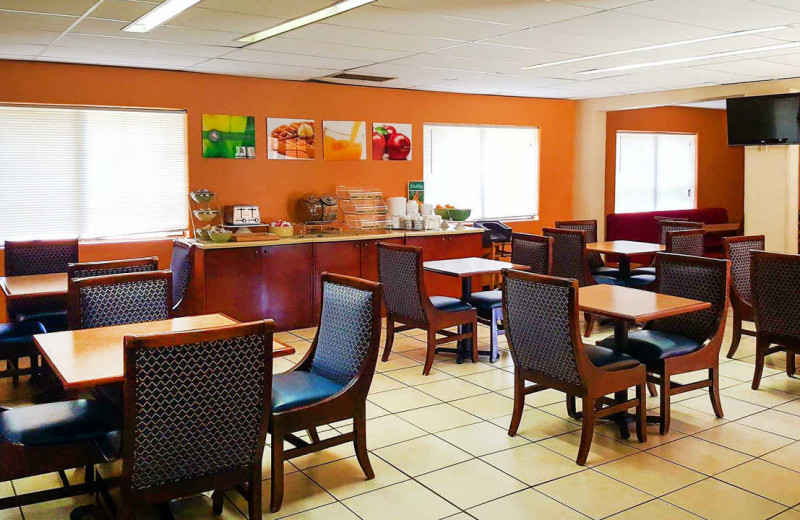 Dining at Quality Inn & Suites Airport North.