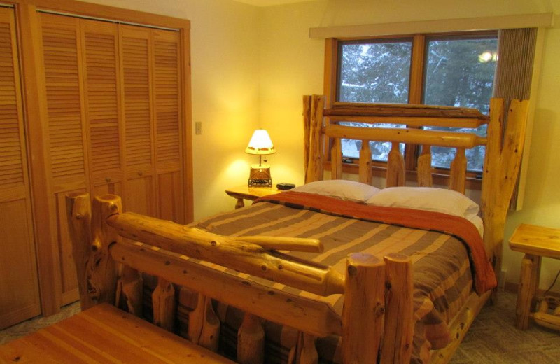 Guest bedroom at Elbow Lake Lodge.