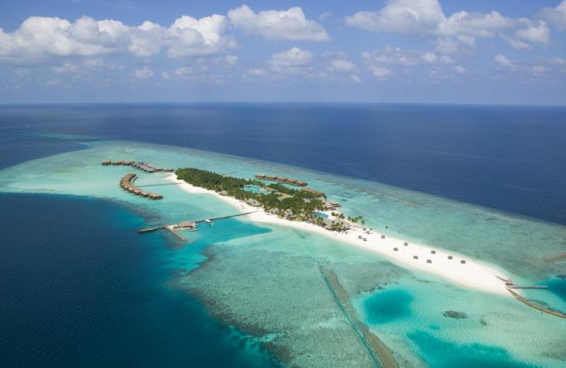 Aerial view of Veligandu Island Resort.