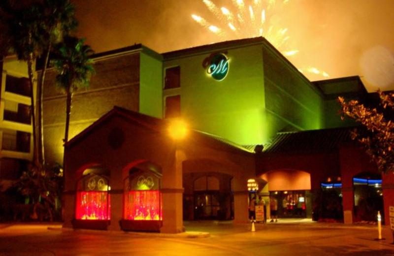 Exterior view of Menage Anaheim Boutique Hotel.