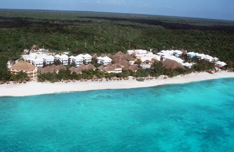 Beach at Reef Club Isla Cozumel.
