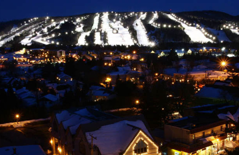 Night View of the Slopes at Complexe le 60