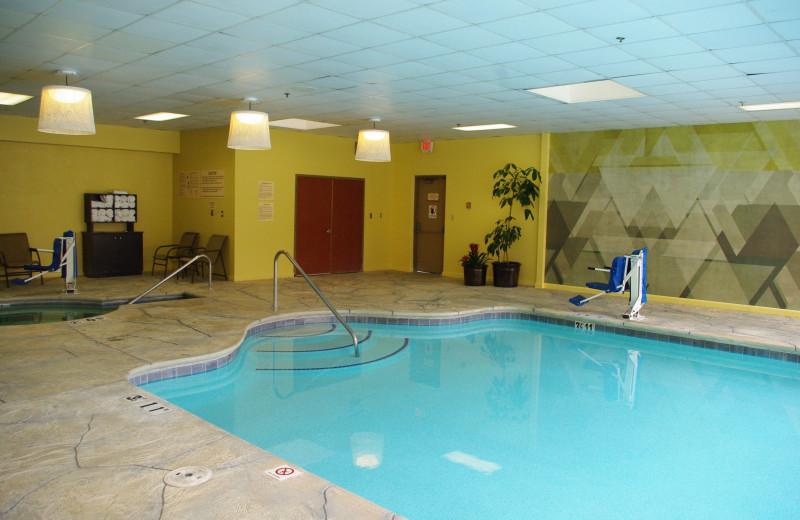 Pool at Radisson Hotel & Conference Center Fresno.