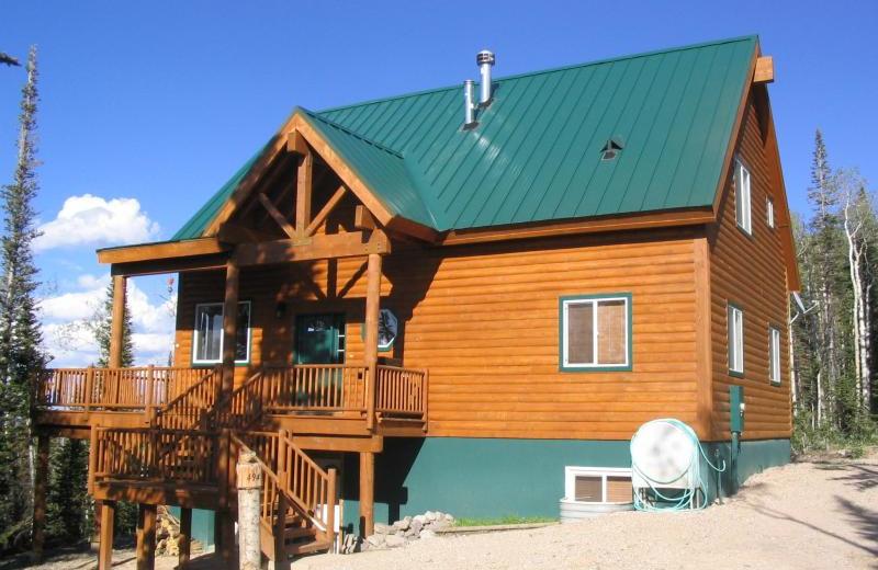 Cabin exterior at Lori's Luxury Rentals.
