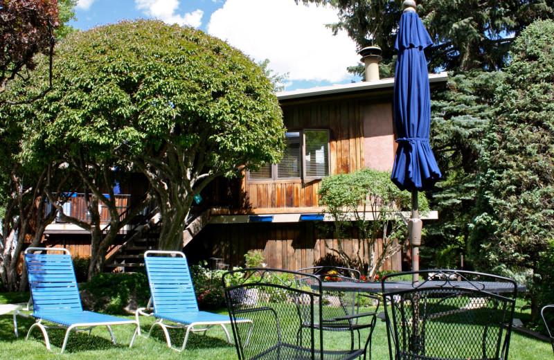 Patio at St. Moritz Lodge & Condominiums.