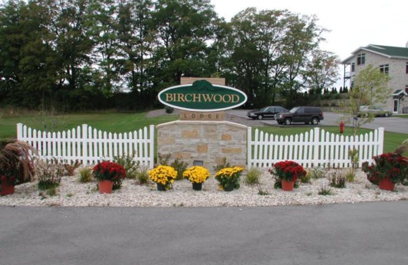 Entrance to Birchwood Lodge.