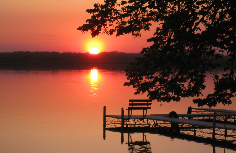 Sunset over lake at Shady Rest Resort.