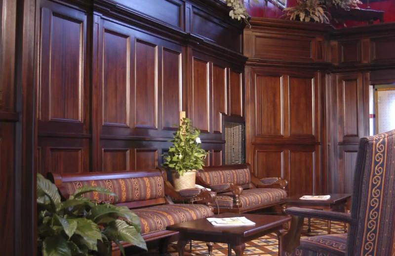 Lobby at The Irish Cottage Inn & Suites.