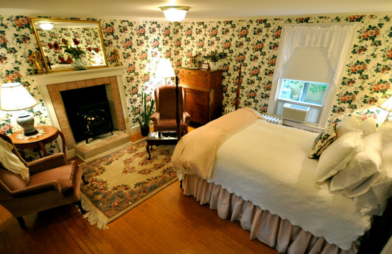 Guest room at The Inns at Blackberry Common.