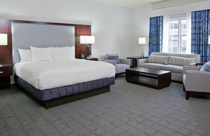 Guest room at Hilton Scranton