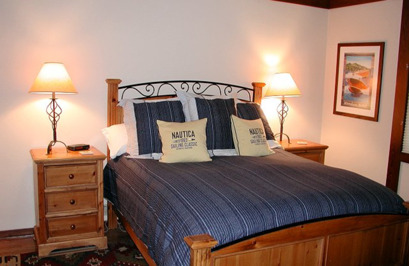 Vacation rental bedroom at Chinquapin.