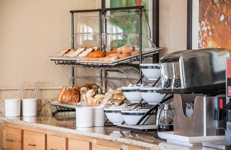 Breakfast at Comfort Inn Fergus Falls.